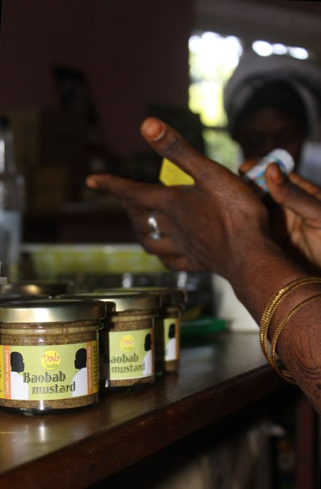 baobab-mustard-hands-amina
